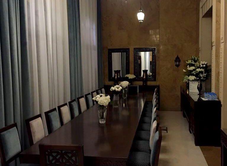 Sharjah Majlis-IMG_607401